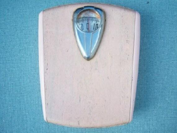 Pink powder roomvintage bathroom scale borg for Borg bathroom scale