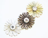 paper flowers garland brown cream mobile wedding photo shoot