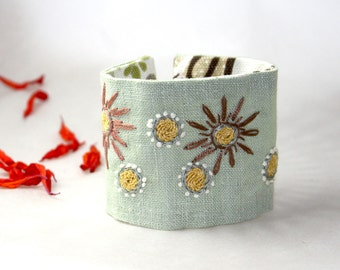 Hand Embroidery Textile Fabric Cuff Bracelet Mint Daisies Embroidery Linen Cuff Etsy