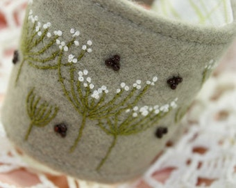 Fabric Cuff Textile Bracelet Wrist Hand Embroidery Queen Annes Lace Botanical
