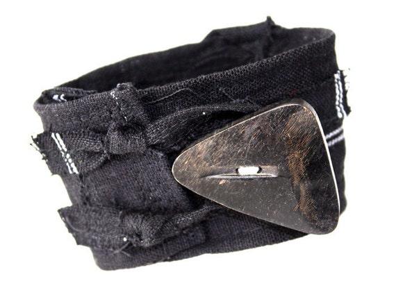 Crossroads Black textile cuff unisex chunky vintage button