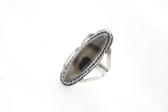 Vintage Sterling Silver Oval Cabochon Agate Native American
