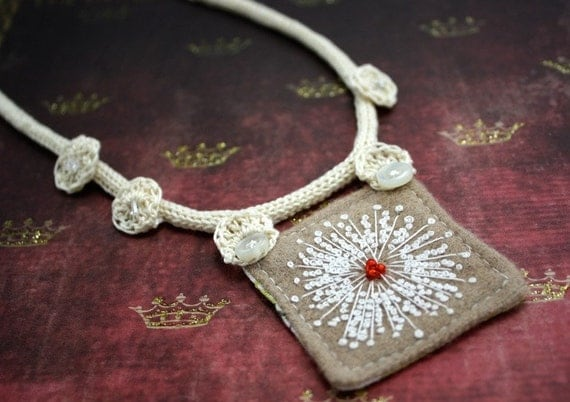 Fabric Fiber Textile Necklace Eco Friendly Hand Embroidered Queen Annes Lace
