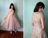 RESERVE - 1950s 50s Pink Sweetheart Scallop Party Dress - S