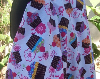 Nursing Cover-  -  Cupcake Confection