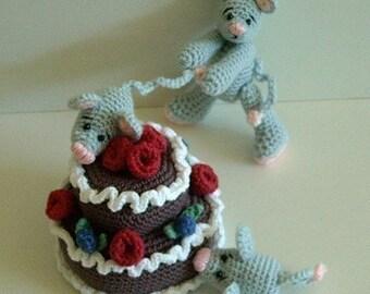 Instant Download - PDF Crochet Pattern- Naughty Little MIce