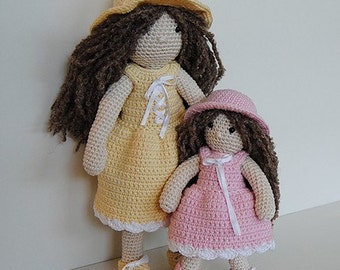 Instant Download - PDF Crochet Pattern - 10 inch Mama Doll, 6.5 inch Child Doll and Outfits