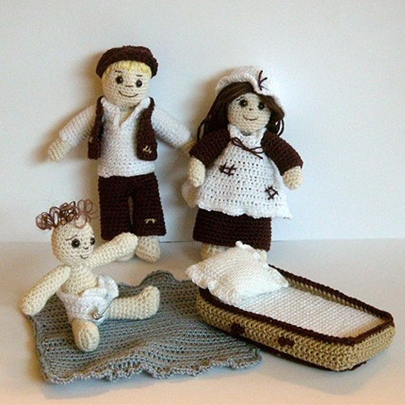 PDF Crochet Pattern - Poor Victorian Children - Dolls and Clothes