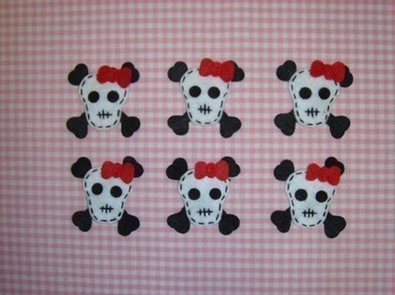 Set of 6pcs handmade felt skull--white/devil red (FT754)