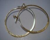 14kt gold filled..1 inch...PLAIN CLASSIC..hoop earrings...