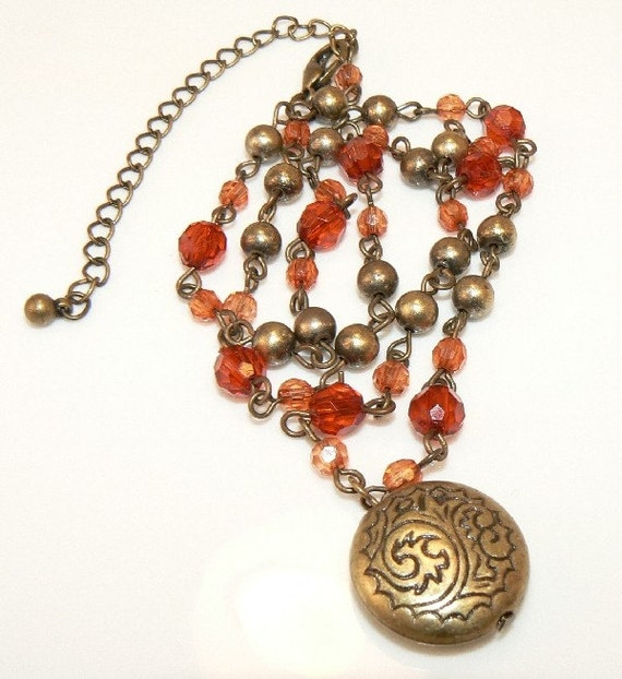 Gold Necklace. Antique Etcheched Pendant. Light Crimson And