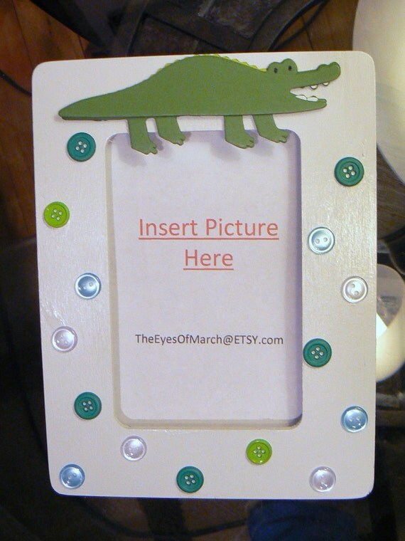 alligator button picture frame baby shower or by theeyesofmarch