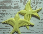 Soft Yellow Celluloid Kissing Doves Cabochon - Vintage 1950's - ZNE