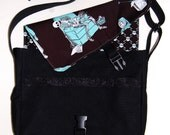 Knitmare: Messenger Bag with Reversible Flap