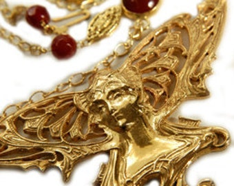 14kt Gold Titania Fairy Necklace