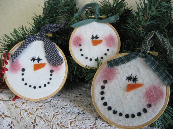 Primitive Happy Snowman Set Of 3 Embroidery Hoop Ornies
