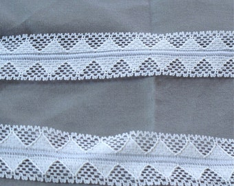 """White chevron lace, vintage fold-over woven lace 1"""" wide - 3 yards sewing trim"""