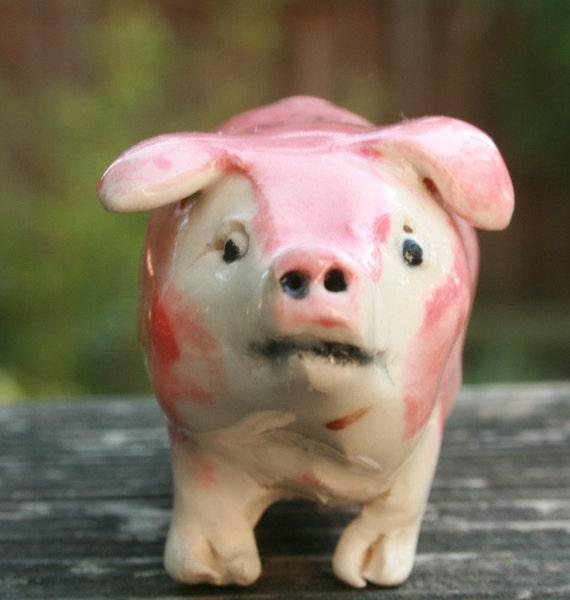 pig figurine - Little pink piggy