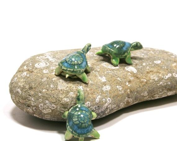 turtle miniatures - turtle figurine - tortoise -  set of three