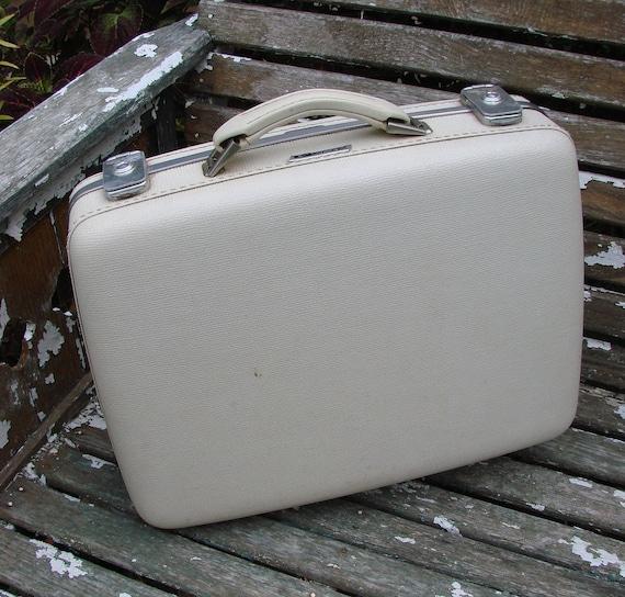 Small Vintage 1960s Era Creamy White Suitcase American Tourister