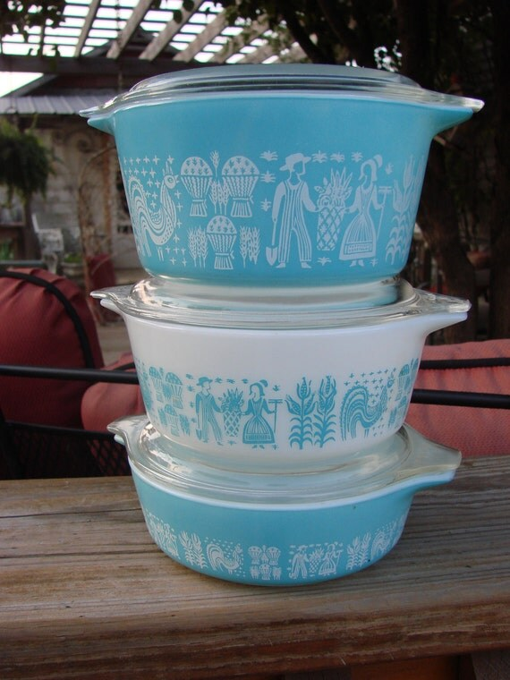 3 Vintage Pyrex Turquoise Butterprint Amish Scene Covered Bakers Refrigerator Dishes