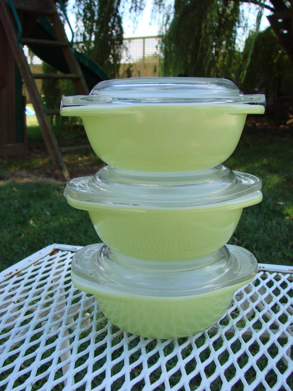 3 Vintage PYREX Lime Green 8 Ounce Small Covered Individual Casserole Refrigerator Dishes