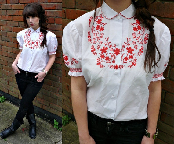cute 70s folky embroidered blouse