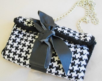 PDF pattern - Black & white clutch with leather bow in goose foot pattern