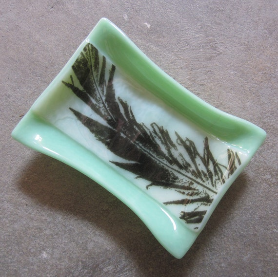 Mint green soap dish bathroom decor glass soap dish with for Green glass bath accessories
