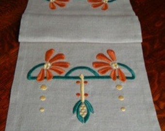 Hand Embroidered Table Runner, Arts and Crafts, Craftsman Style, Cone Flower