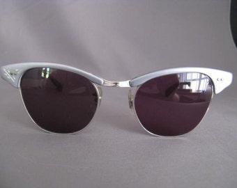Fab Silver-grey Vintage Sunglasses