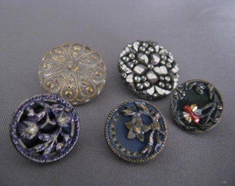 Beautiful antique and vintage buttons