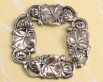 Water Lily Wreath Connector, Clasp, Antique Silver, Trinity Brass, 2 Pc. AS52