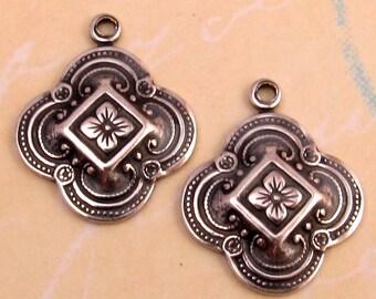 Quatrefoil Clover Charm, Antique Silver, 2 Pc. AS222