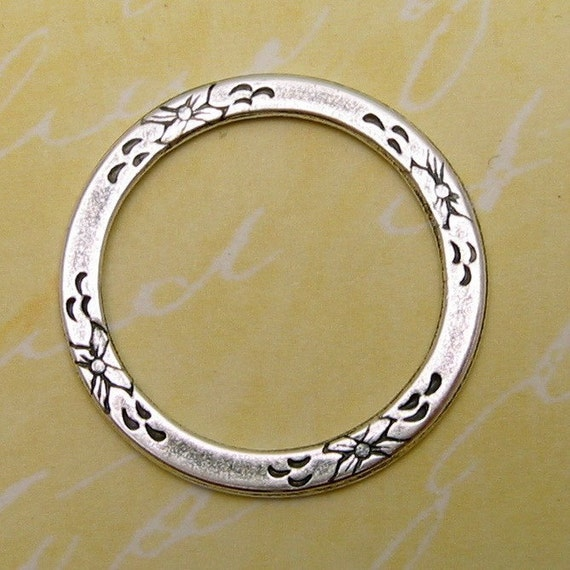Floral Eternal Ring Antique Silver Trinity Brass AS70