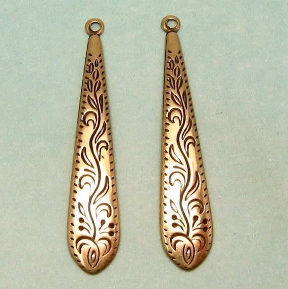 Etched Victorian Drop Antique Gold Trinity Brass 4 Pc. AG156