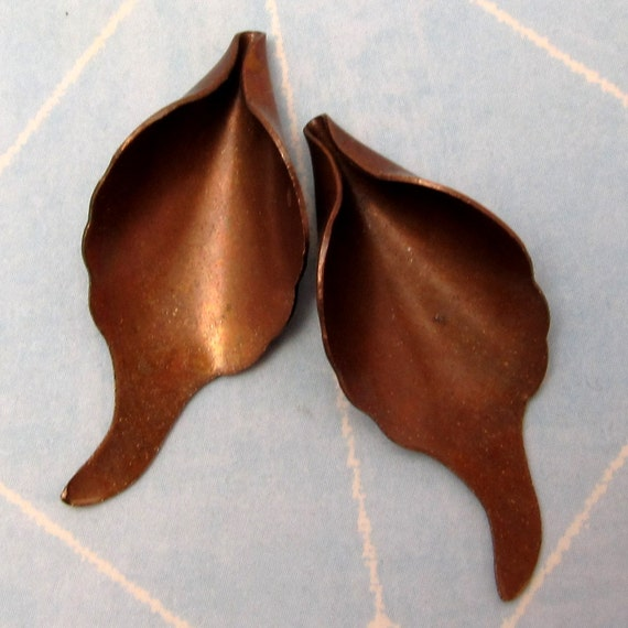 Calla Lily Pendant Vintage Patina Trinity Brass 2 Pc. VP128
