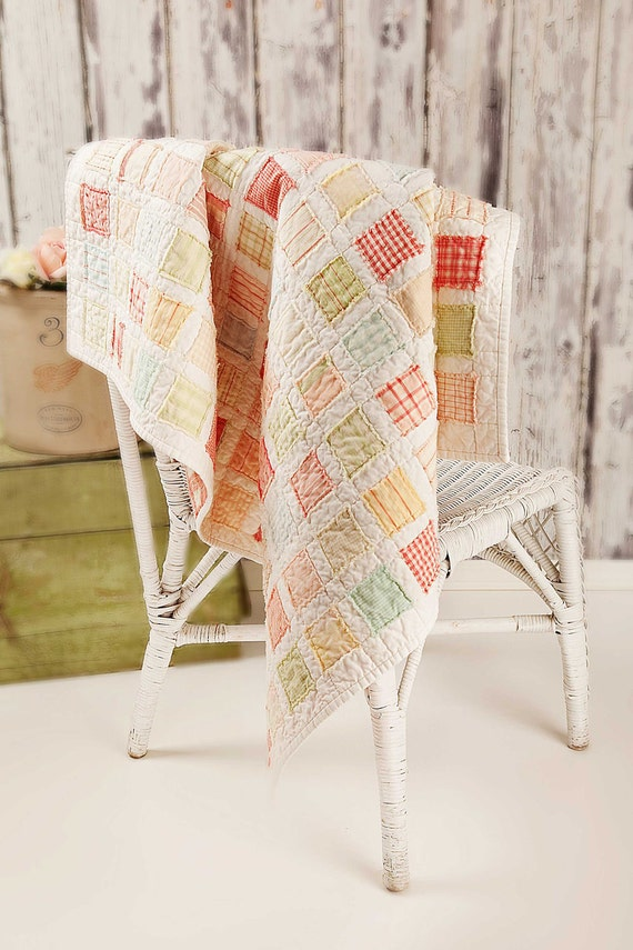 SALE Vintage Baby Quilt PATTERN - 40 by 40 inches