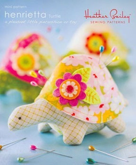 Henrietta Turtle PATTERN heather bailey