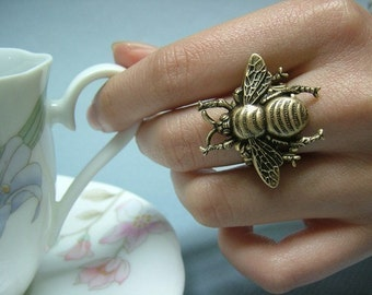 Queen Bee Victorian Filigree Ring, Adjustable, Chic, Nature, Mothers day, Birthday Gift