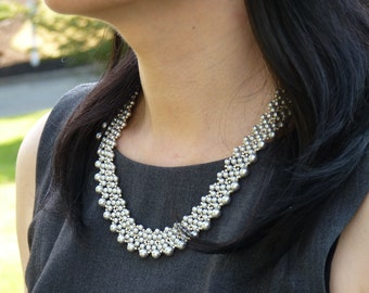 FREE SHIPPING -- SWAROVSKI Crystal Pearl Necklace - 04118