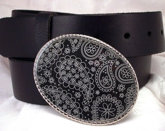 Belt Buckle Paisley Black and White