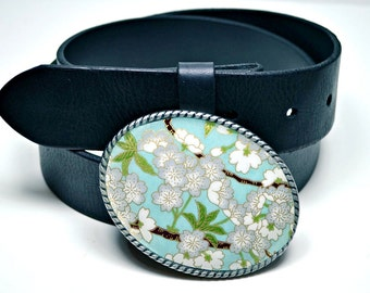 Belt Buckle Blossoms in Blue