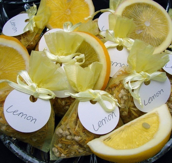 how to add scent to potpourri