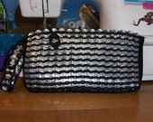Crochet CanTab Clutch