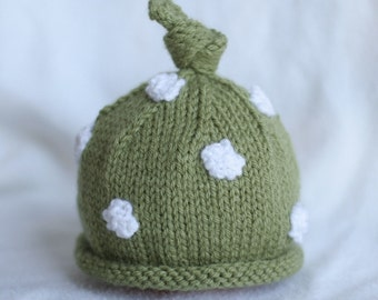 Baby boy or girl knit hat with polka dot appliques.  Sizes newborn to big kid available. YOU CHOOSE COLOUR