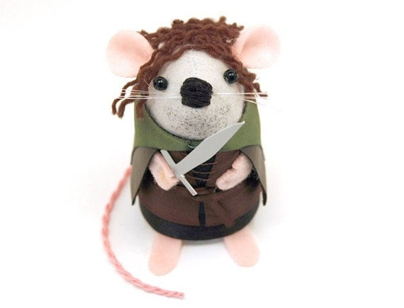 Lord of the Rings Aragorn Mouse Ornament Artisan felt rat hamster mice cute gift for lotr fans brother husband boyfriend dad LOTR collectors