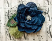Peacock Wedding Bridal Hair Piece Navy Blue Fascinator Beautiful Vintage Style Wedding Head Piece Peacock fascinator with feathers
