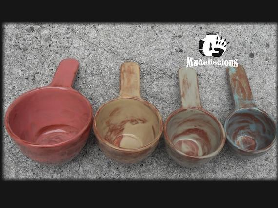 Set of 4 Porcelain Measuring Cups