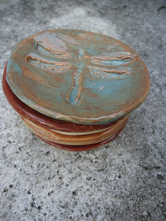 Stoneware Cupcake Plates